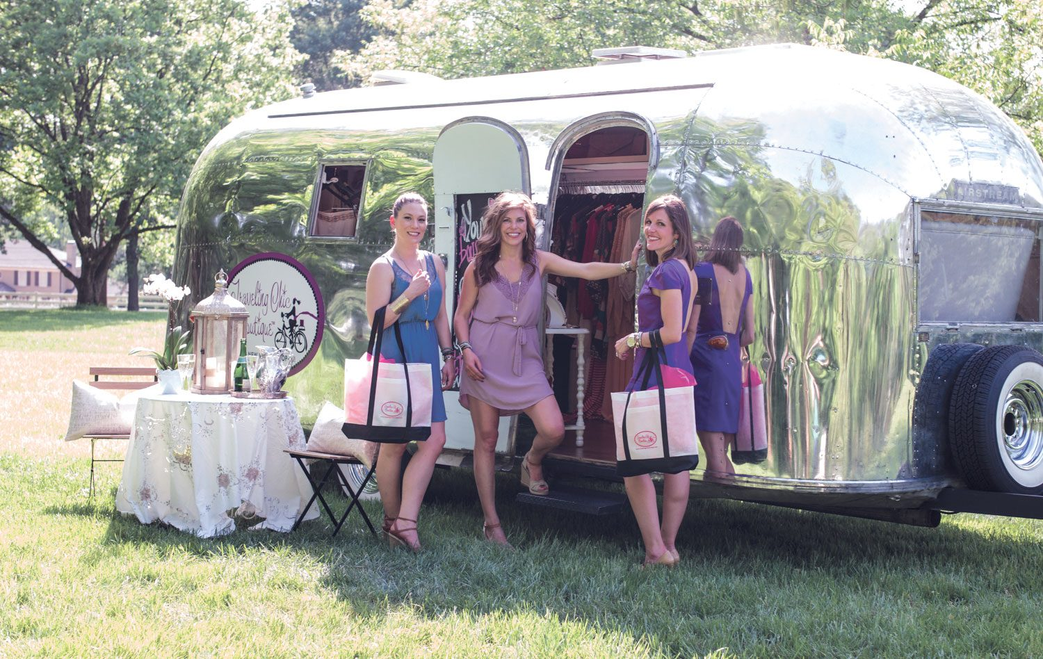 Events-Trunk-Show-Traveling-Boutique-Airstream