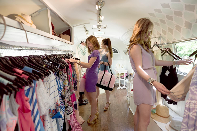 Online clothing boutique franchise